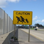 Border_crossing_sign_Connell